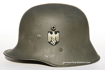 WW2 M17 66 German Army Helmet H171