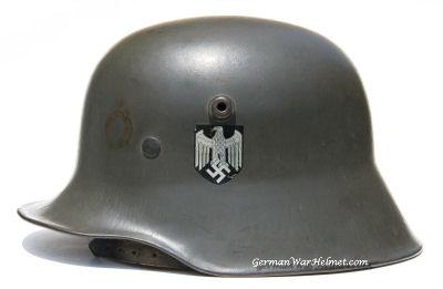 WW2 M18 ET64 German Army Helmet H121